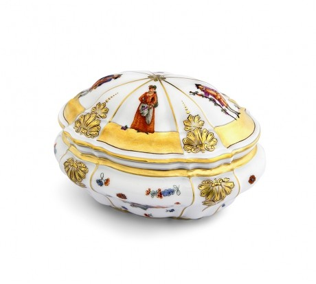 Snuff box with