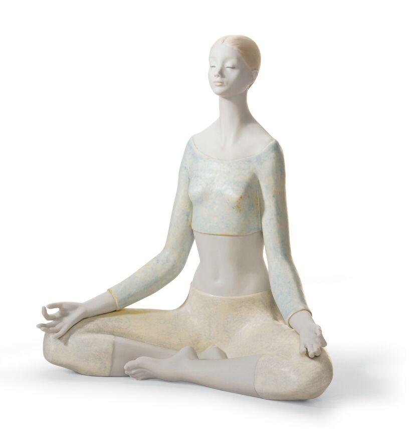 Йога - Женская фигура