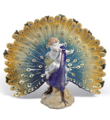 Ангел и павлин