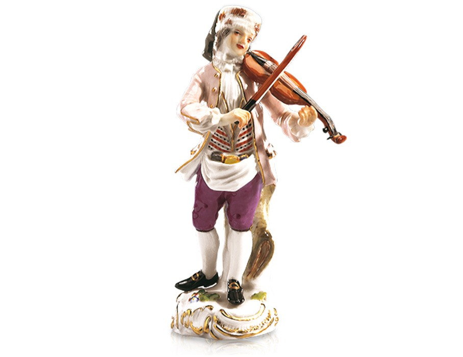 Музыкант на скрипке