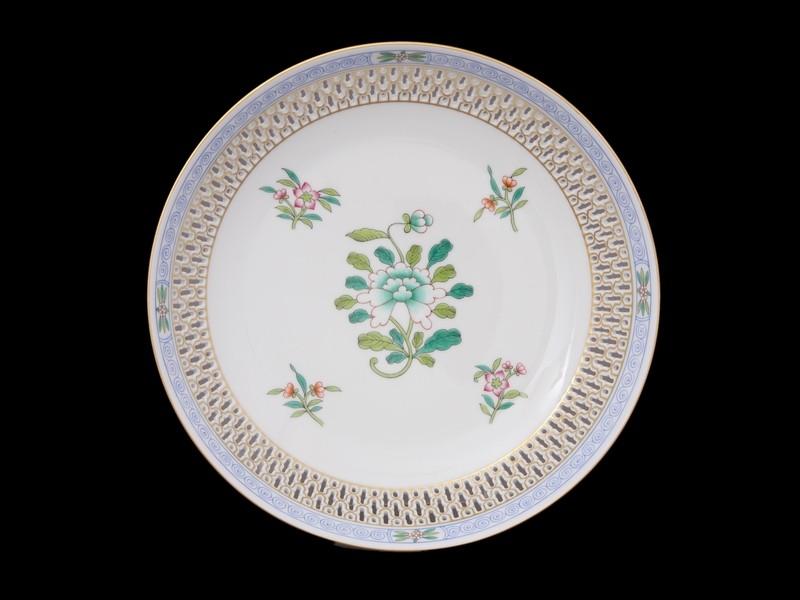 Декоративная тарелка, двойная стенка с перфорированием