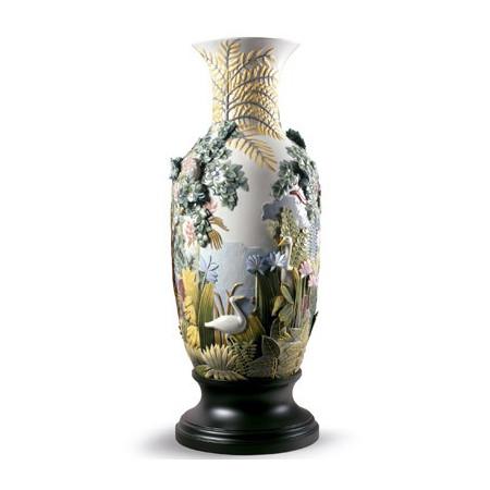 Paradise Vase Animal Life Figurine. Limited Edition