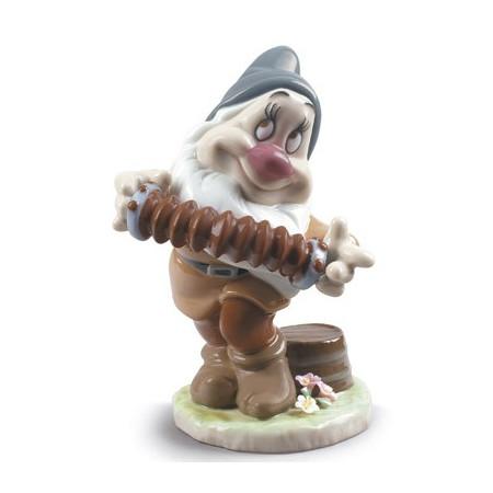 Bashful Snow White Dwarf Figurine