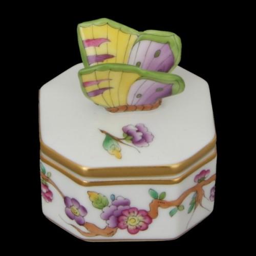 Бонбоньерка с крышкой, ручка в виде бабочки