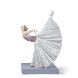 Giselle arabesque