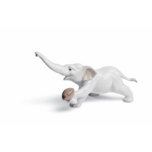 Слоник-регбист