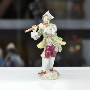 Flutist, Coloured, with gold, H 14,5 cm