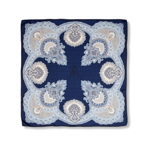 Scarf in 100% silk, Classic paisley design, in modern colors navy and light blue, 90x90 cm