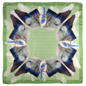 Scarf in 100% silk, Feathers, reseda, 90x90 cm