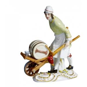 Vinegar pedlar Paris pedlar, Coloured, with gold, H 13,5 cm