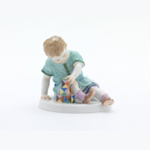 Child with building blocks, Coloured, without gold, H 11 cm