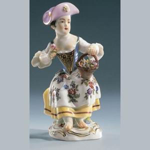 Девочка с цветочной корзиной