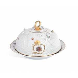 Тарелка с крышкой, Лебединый сервиз графа Брюля