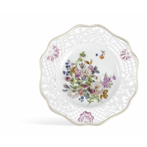 Wall plate pierced, Colorful flower pads