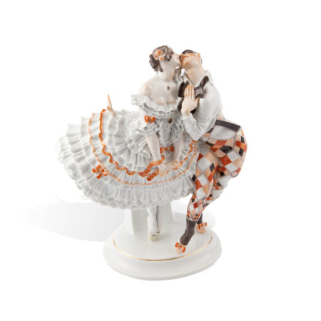 Арлекин и Коломбина из Русского балета