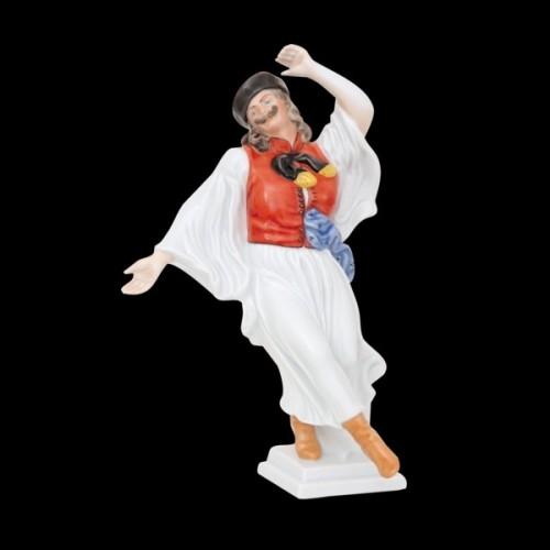Венгерский парень, танцующий