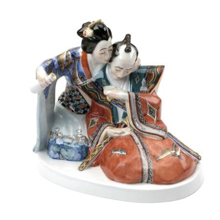 Японец и японка в чайном домике