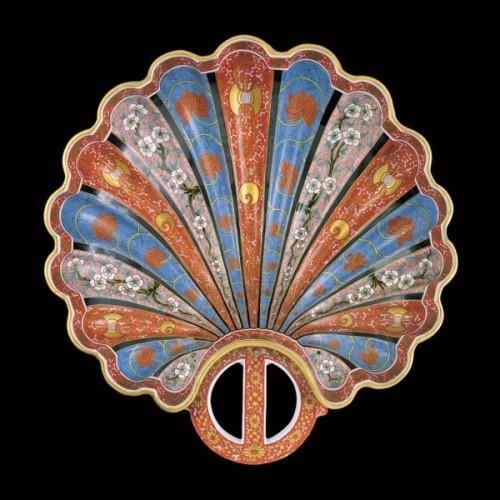 Декоративный кувшин, ручка в виде ящерицы