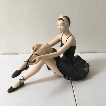 Балерина в раздевалке