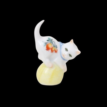 Кот, миниатюрный