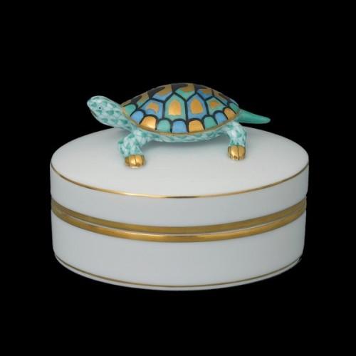 Декоративная коробочка с крышкой, ручка в виде черепахи