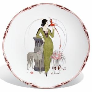 Тарелка, дама с собакой