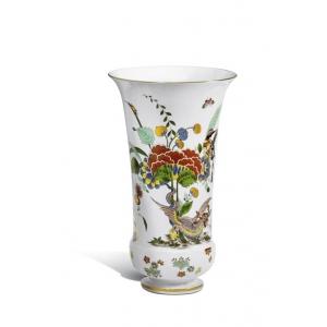Ваза «Восточноазиатские мотивы цветов»