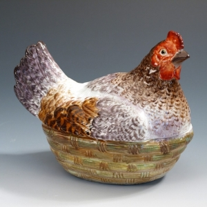 Коробочка в виде курицы