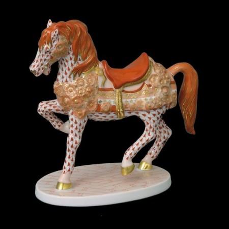 Карусельная лошадь
