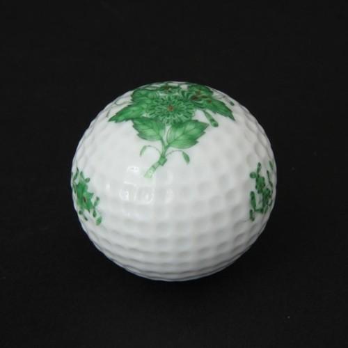 Декоративный мяч для гольфа