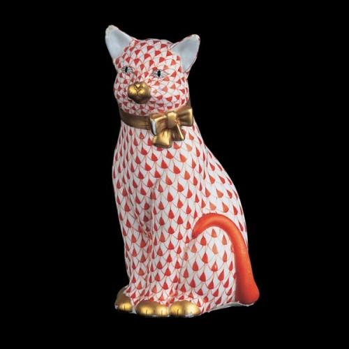 Кошка с лентой