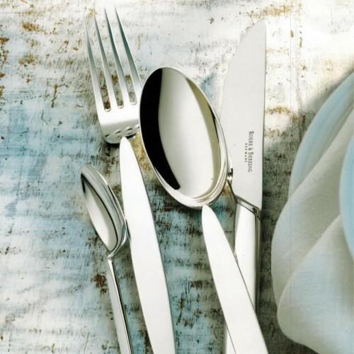 «12» — новинка среди богатства дизайнов серебряных столовых предметов Robbe&Berking