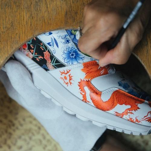 Уникальная пара кроссовок от Adidas и Meissen из натуральной кожи и фарфора!
